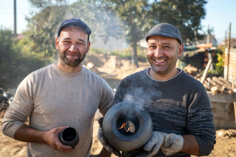 Mapu – handmade clay speakers